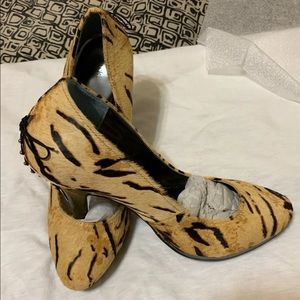 Tiger style Shoes